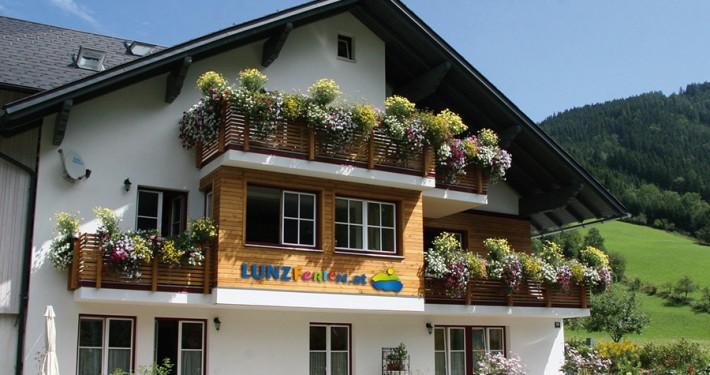 Fam. Mayr - Privatzimmer & Ferienwohnungen direkt am Lunzer See